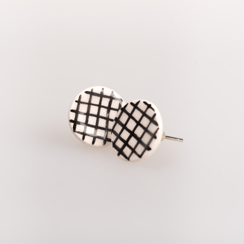 dubaruba_black square round ceramic studs south africa johannesburg made in africa handcrafted