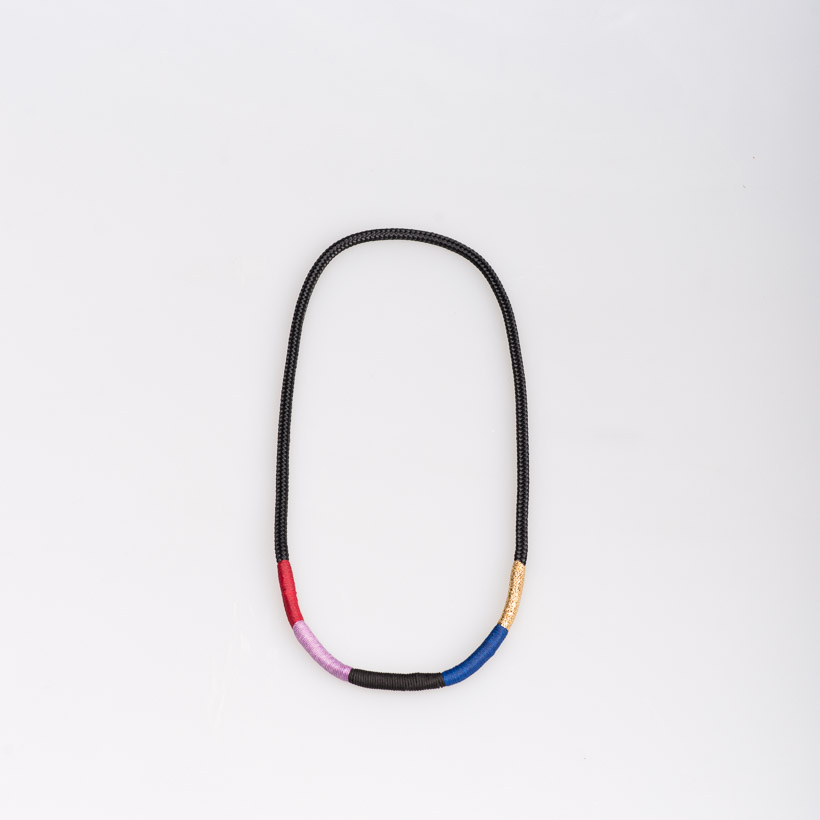 dubaruba_black and gold thin ndebele necklace pichulik handcrafted made in africa south africa cape town