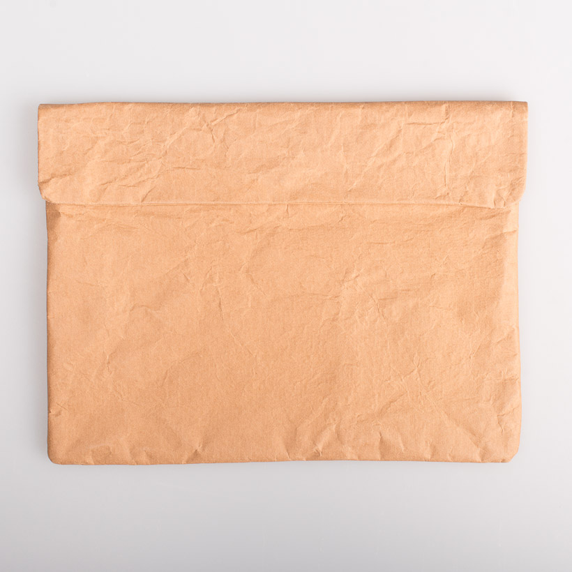 dubaruba_paper sleeve laptop sleeve- natural brown paper the wren design south africa cape town handcrafted made in africa