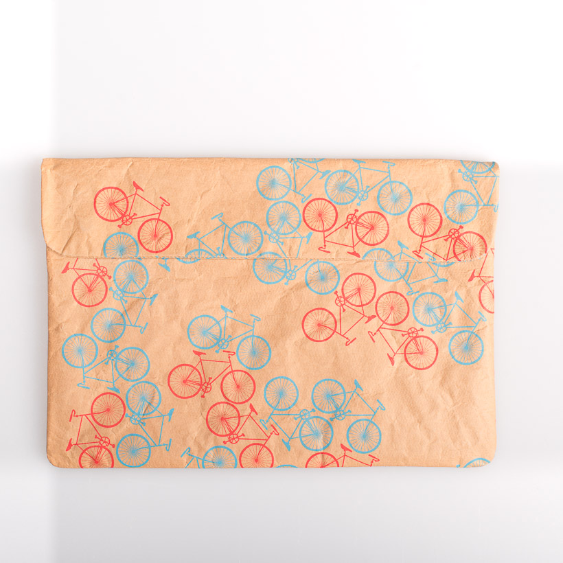 dubaruba_paper sleeve laptop sleeve- city bikes the wren design south africa cape town handcrafted made in africa