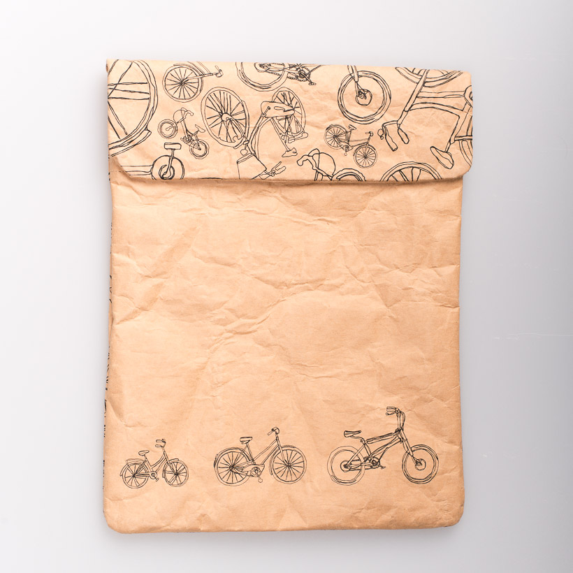 dubaruba_paper sleeve iPad tablet sleeve-the bicycle print the wren design south africa cape town handcrafted made in africa