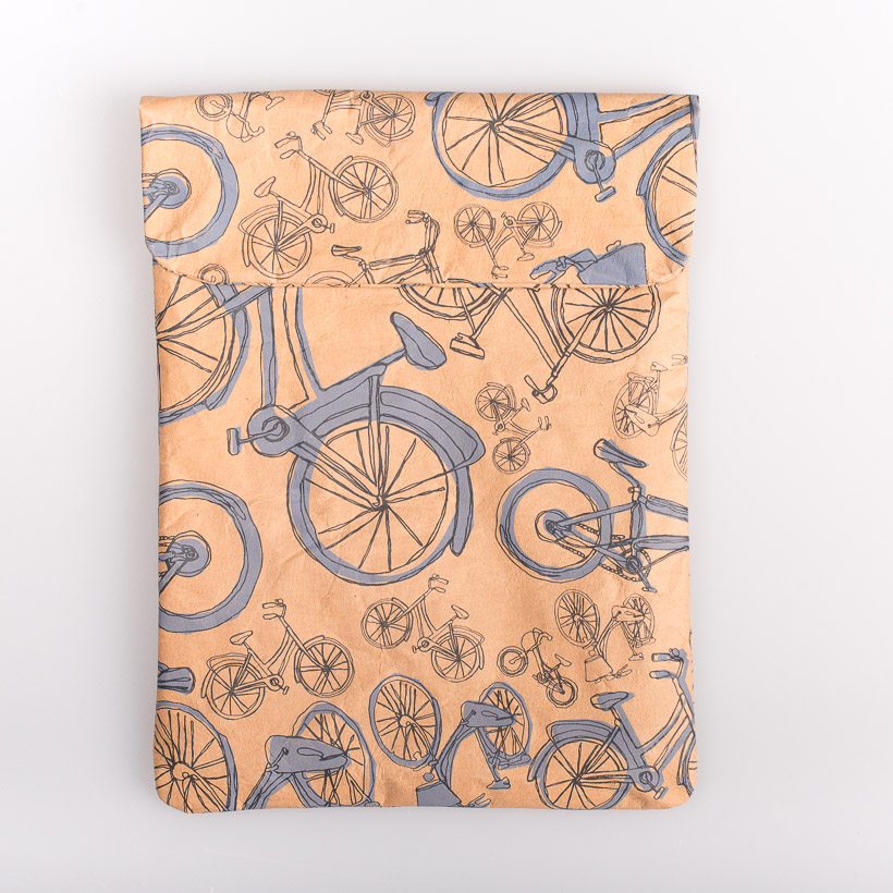 dubaruba_paper sleeve iPad tablet sleeve-blue bicycle print the wren design south africa cape town handcrafted made in africa